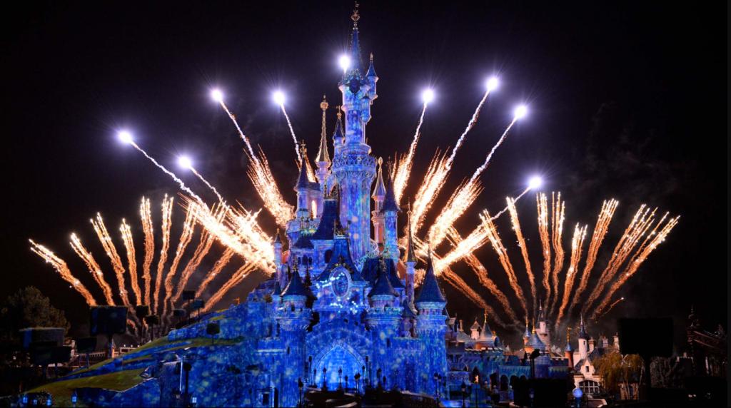 Wish2dream guide des parcs th mes des attractions et des h tels de disneyland paris - Theme nouvel an ...