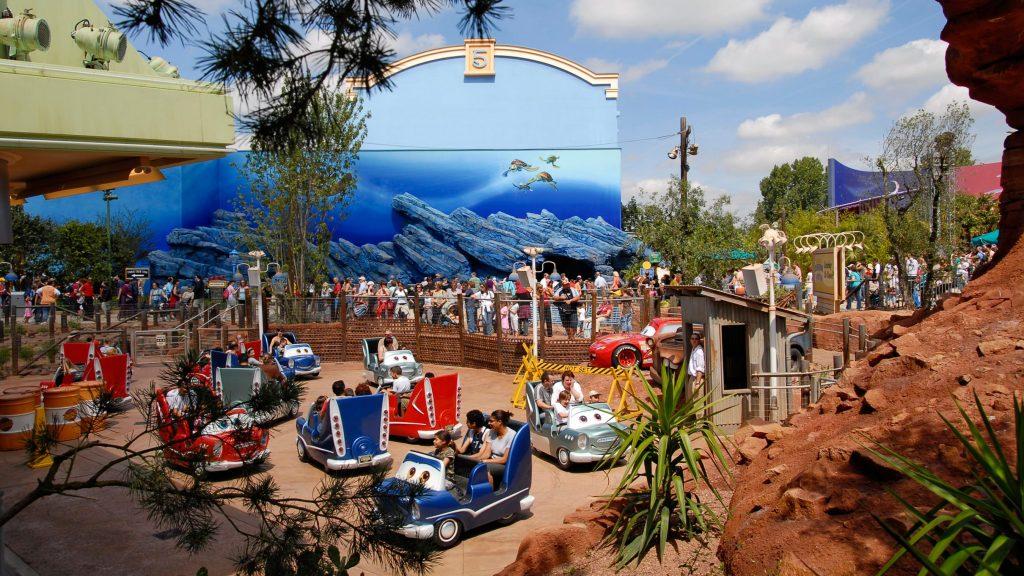 Cars Quatre Roues Rallye Toon Studio Walt Disney Studios Park